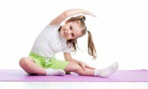 Упражнения для школьников: развитие правильной осанки