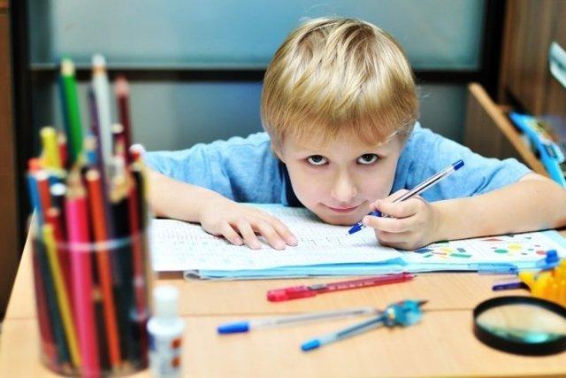 Проблемы обучения леворуких детей в школе