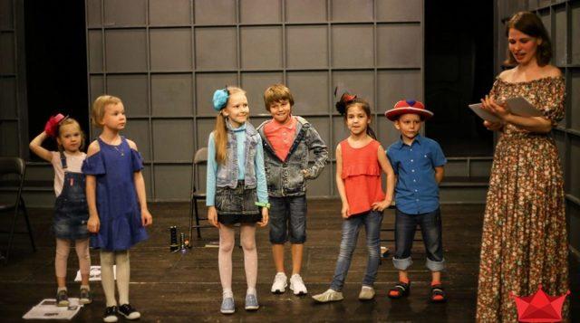 Что развивают театральные игры и упражнения для школьников?