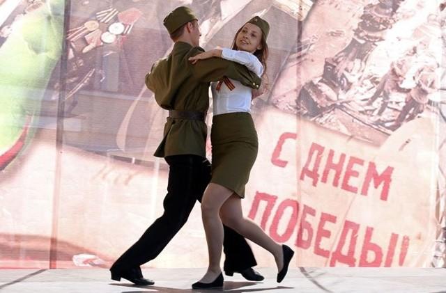 Школьный сценарий на 9 мая, День Победы — какой сценарий выбрать для празднования Дня Победы?